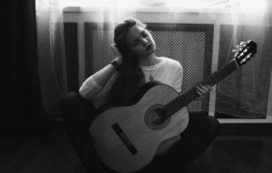 guitar-women